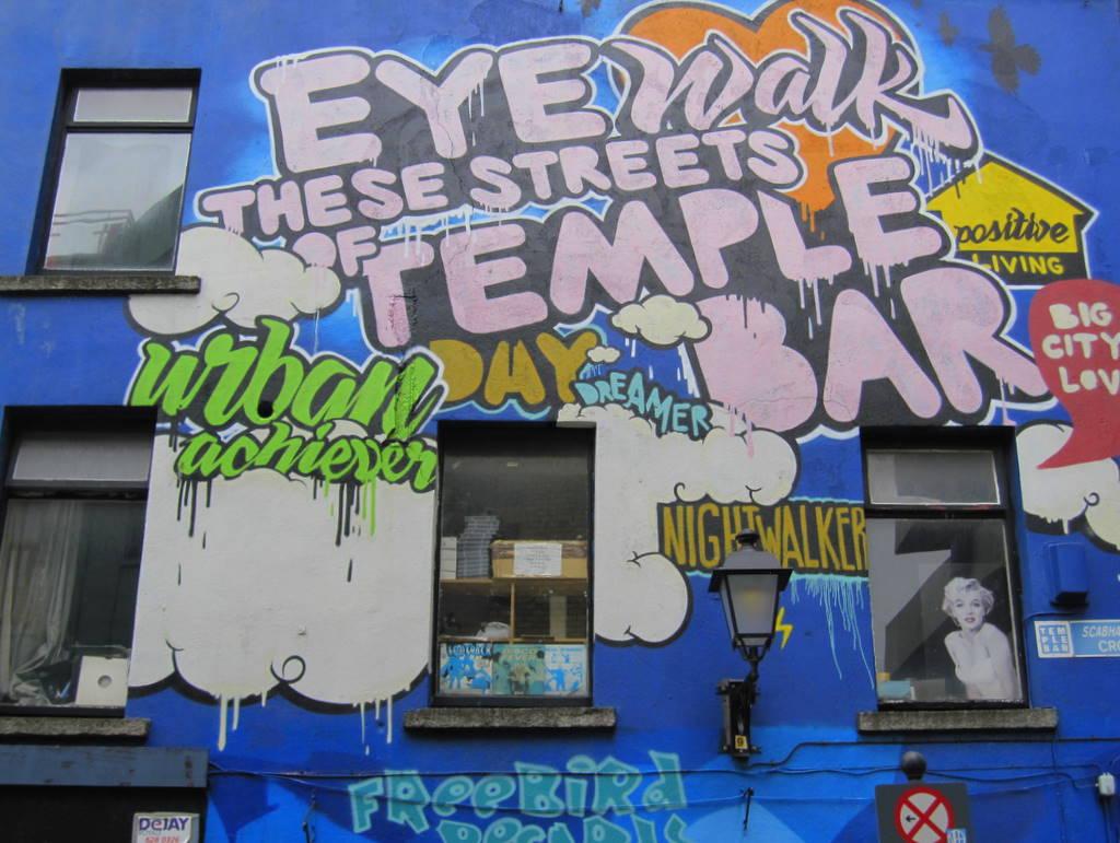 Temple Bar Graffiti Dublin, Ireland