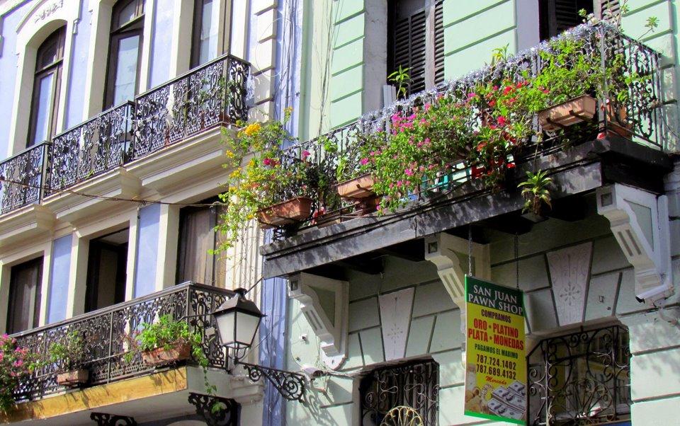 San Juan Balconies