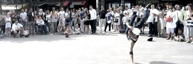 Video: Breakdance Street Performance in Paris