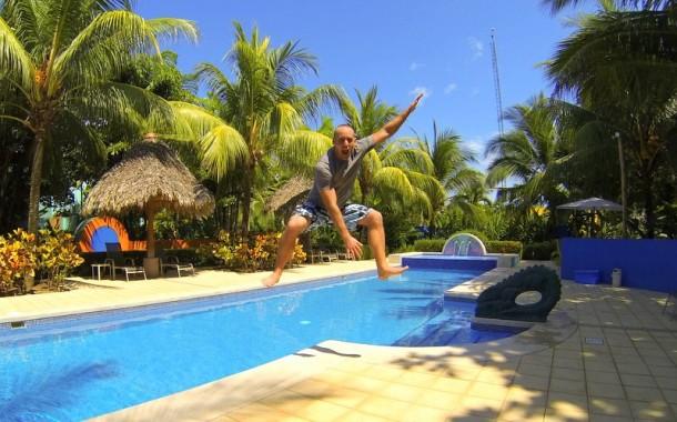 Alma Del Pacifico Pool