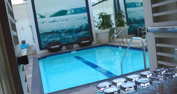 W San Diego Pool