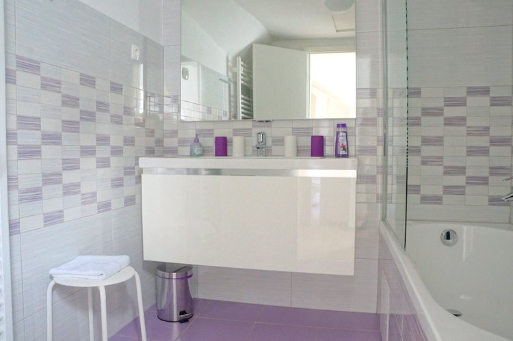 Kollman Apartments - Bathroom
