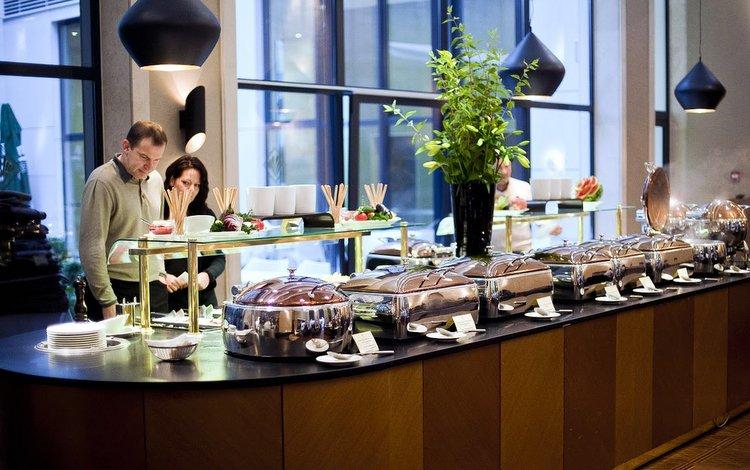 Afbeeldingsresultaat voor continental budapest breakfast