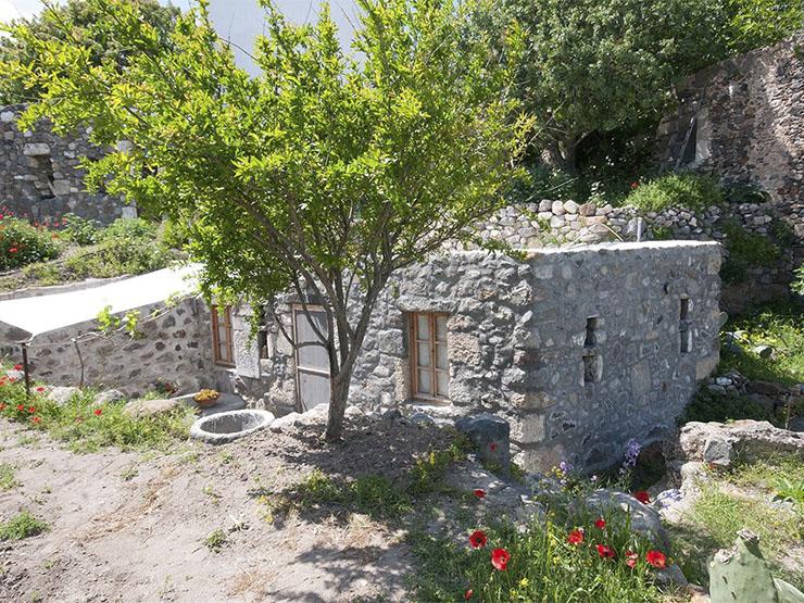 Stone House Nysiros