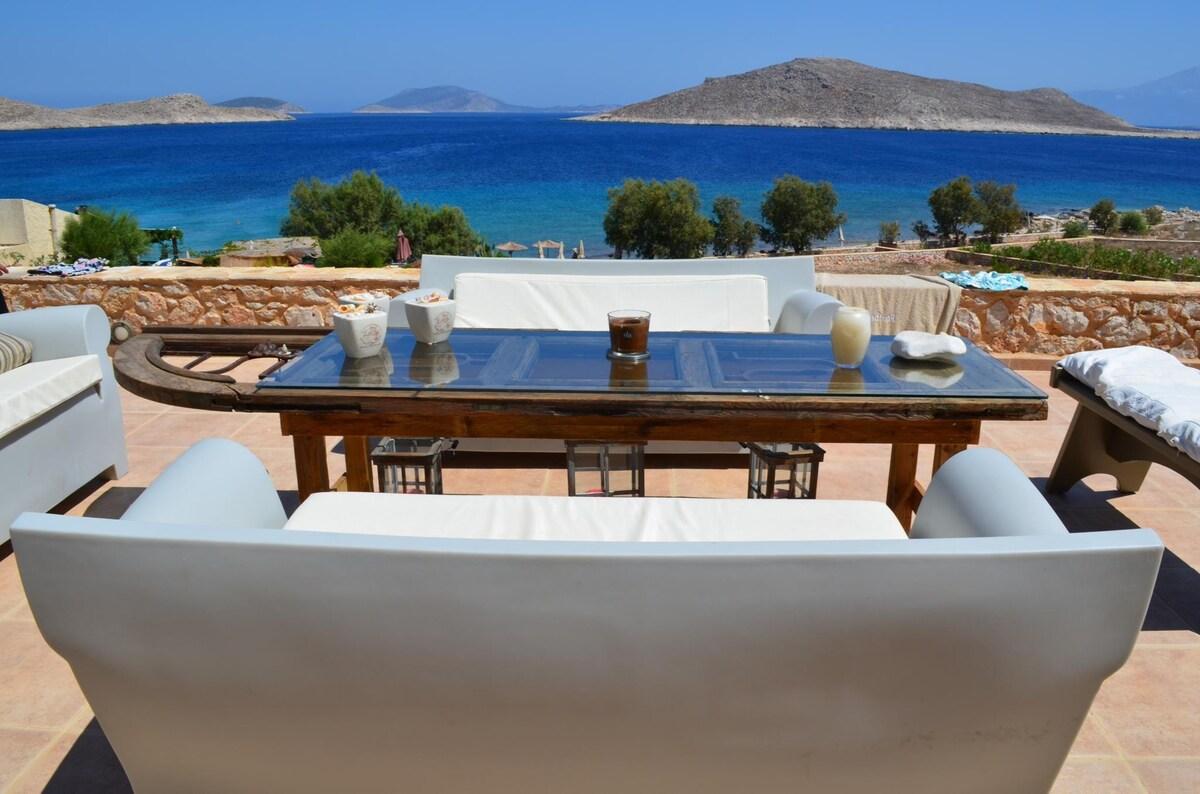 Beach Front Villa Aristoteles in Halki